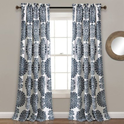 Wonderful Farmhouse Curtains Decor Ideas For Living Room To Try Asap 06
