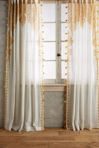 Wonderful Farmhouse Curtains Decor Ideas For Living Room To Try Asap 16