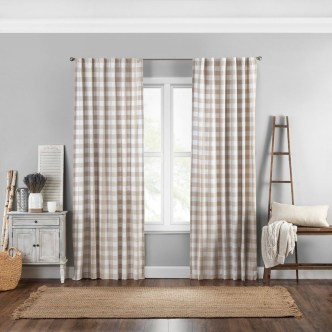 Wonderful Farmhouse Curtains Decor Ideas For Living Room To Try Asap 36