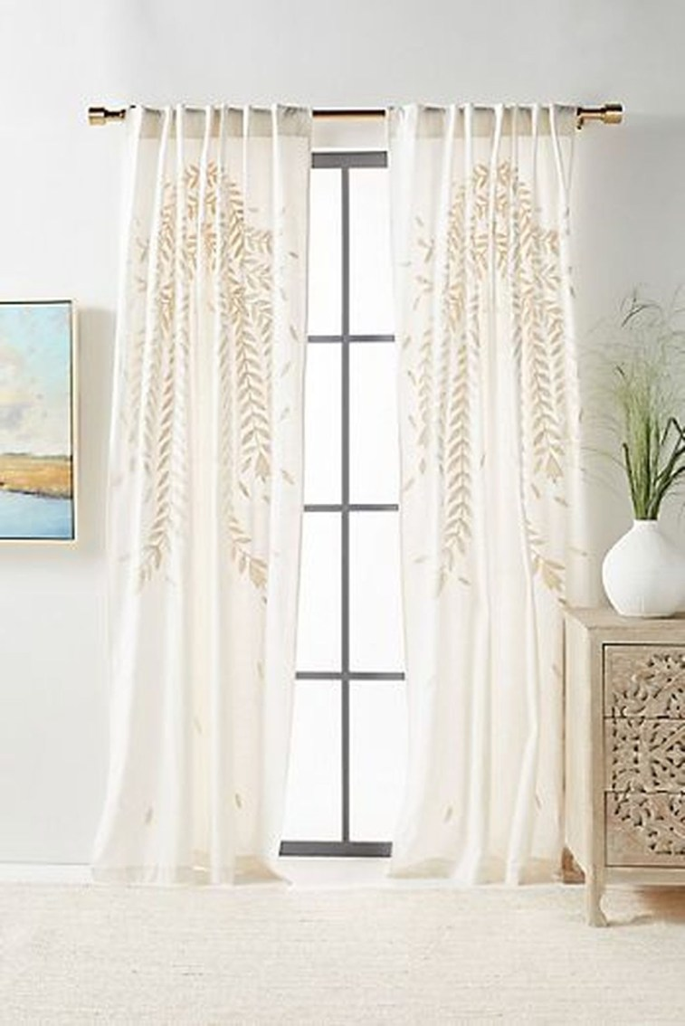 Wonderful Farmhouse Curtains Decor Ideas For Living Room To Try Asap 37
