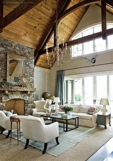 Amazing Small Living Room With Vaulted Ceiling 07