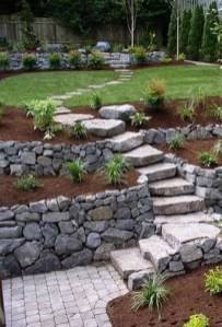 Lovely Retaining Wall Ideas For Sloped Front Yard 09