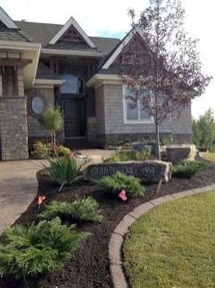 Stunning Front Yard Landscaping Ideas On A Budget 16
