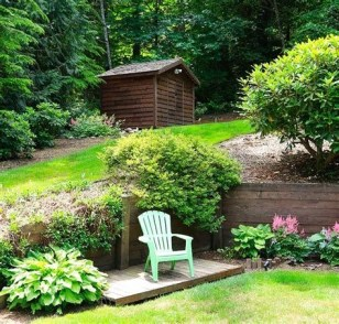 Totally Cute Sloped Backyard Landscaping Ideas 16