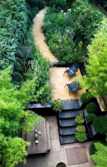 Totally Cute Sloped Backyard Landscaping Ideas 31