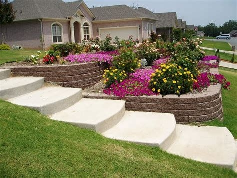 Totally Cute Sloped Backyard Landscaping Ideas 33