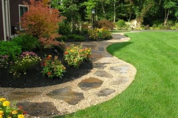 Totally Inspiring Front Yard Pathway Ideas 04