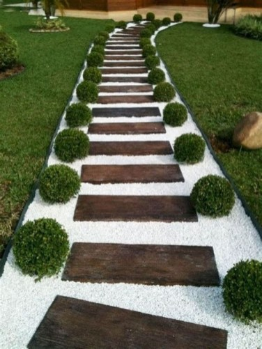 Totally Inspiring Front Yard Pathway Ideas 23