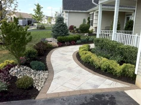 Totally Inspiring Front Yard Pathway Ideas 35