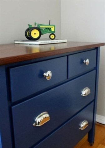 Cool Navy Painted Bedroom Furniture Ideas 43