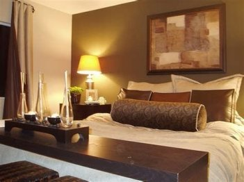 Lovely Two Tone Bedroom Paint Ideas 08