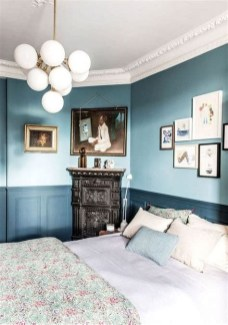 Lovely Two Tone Bedroom Paint Ideas 43