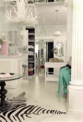 Beautiful Very Small Boutique Design 05