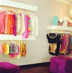 Beautiful Very Small Boutique Design 09
