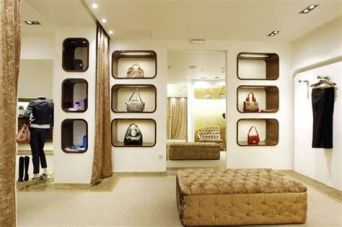 Beautiful Very Small Boutique Design 15