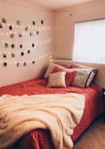 Cool Aesthetic Bedroom Background Ideas 37