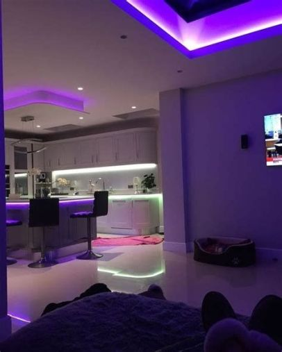 Most Popular Aesthetic Room With Led Lights Ideas 37