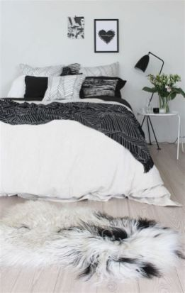 Totally Cute Black And White Room Aesthetic Ideas 24