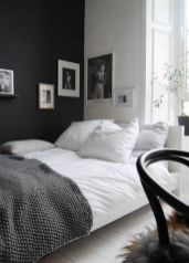 Totally Cute Black And White Room Aesthetic Ideas 33