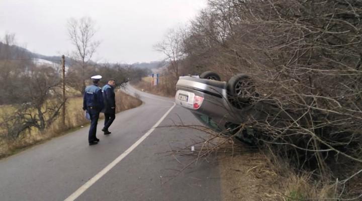 """(Foto) IPJ Cluj: """"Mașini cu apucături de ... avion. Mai jos sunt fotografii de la evenimente rutiere înregistrate în utimele 24 h pe raza judetului Cluj. Recomandările noastre:"""" 1"""
