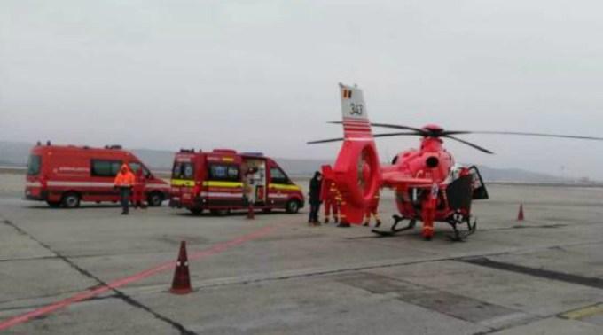 """Aeroportul Cluj. Elicopter SMURD a declarat stare de urgență după ce i s-a oprit un motor! MAI: """"Referitor la cazul elicopterului EC-135 nr. 343, care a aterizat de urgență pe Aeroportul din Cluj-Napoca, Inspectoratul General de Aviație al M.A.I. face următoarele precizări"""": 1"""