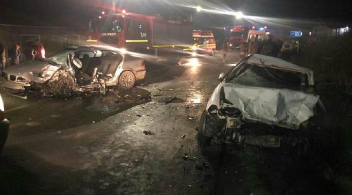 (Foto) Accident grav. Șofer de BMW mort, 4 persoane rănite între Cluj și Zalău 2