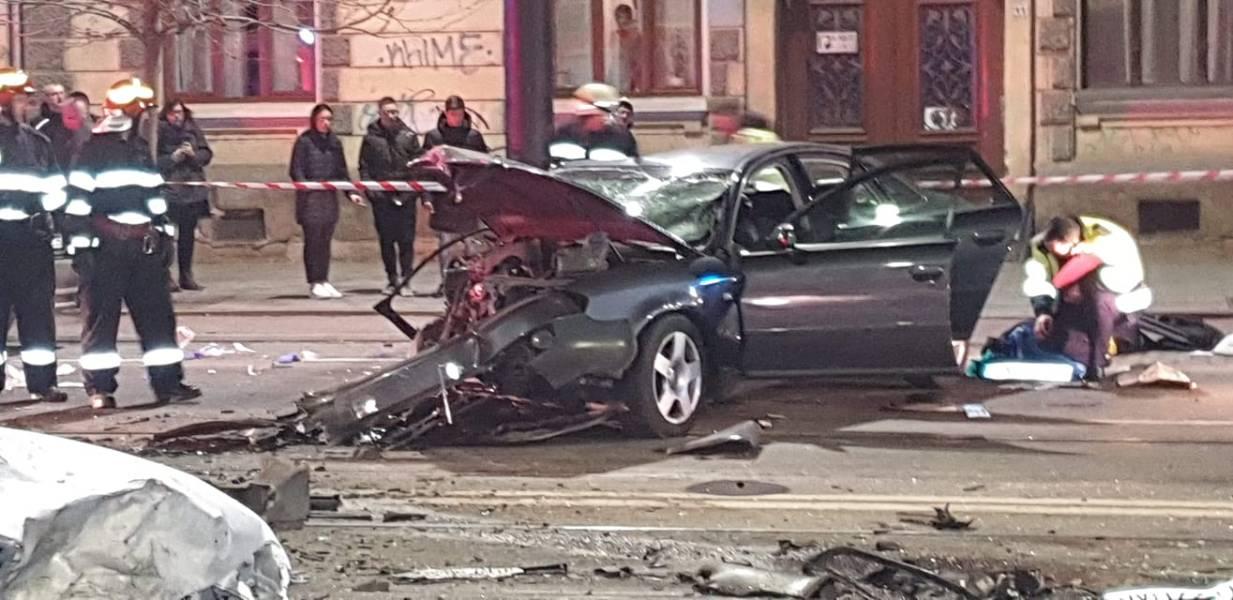 (Foto) Accident Cluj. Update 2. Șoferul de BMW de pe Horea a fugit dar a fost prins de un polițist aflat în timpul liber pe strada Racoviță. Șoferul era rupt de beat 11