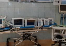 """USAMV Cluj: """"12 aparate performante sunt direcționate către Secția ATI din cadrul Spitalul Clinic De Recuperare Cluj Napoca, la cererea instituției medicale, după cum urmează: monitoare funcții vitale cu defibrilator, monitoare funcții vitale cu accesorii, ventilator performant, injectomate și infuzomate. Toate aparatele sunt destinate și pentru uz uman"""" 4"""