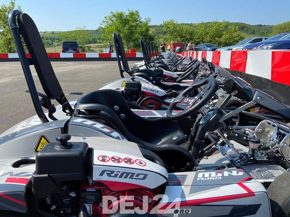 (Video) Cluj: Complex de karting, unic în Transilvania, deschis la doi pași de Dej 4