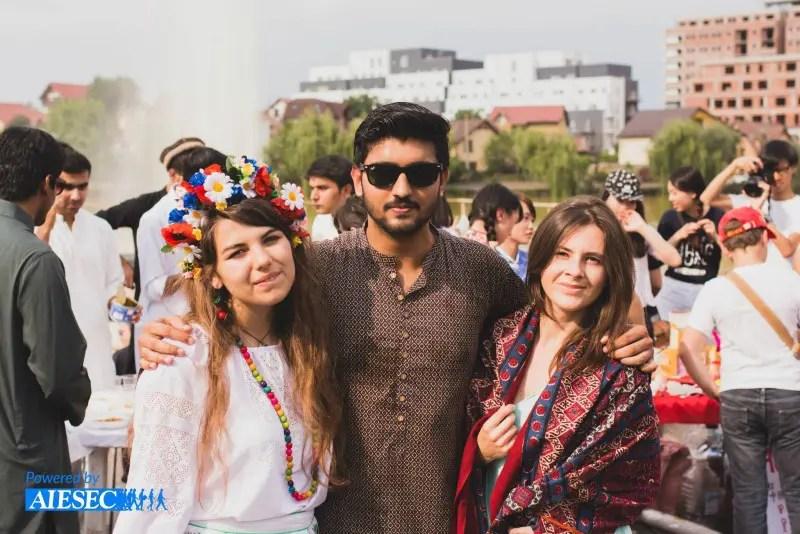 Global Village aduce culturile lumii în Cluj-Napoca
