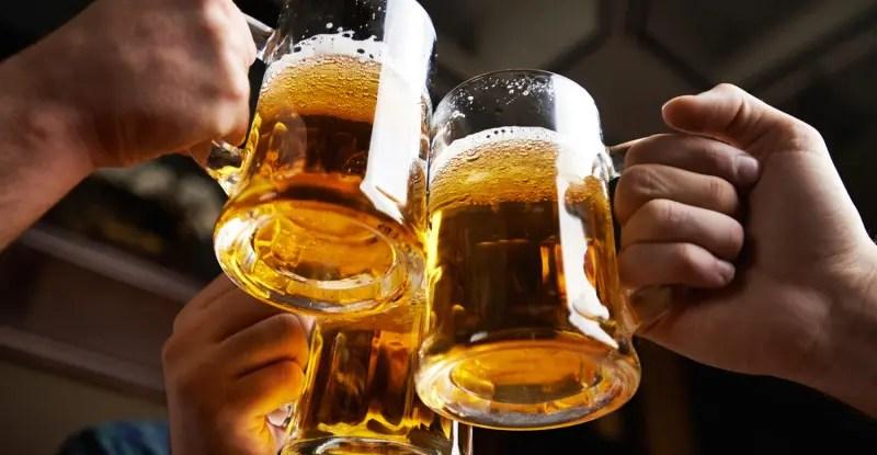 studenţii consumatori de bere