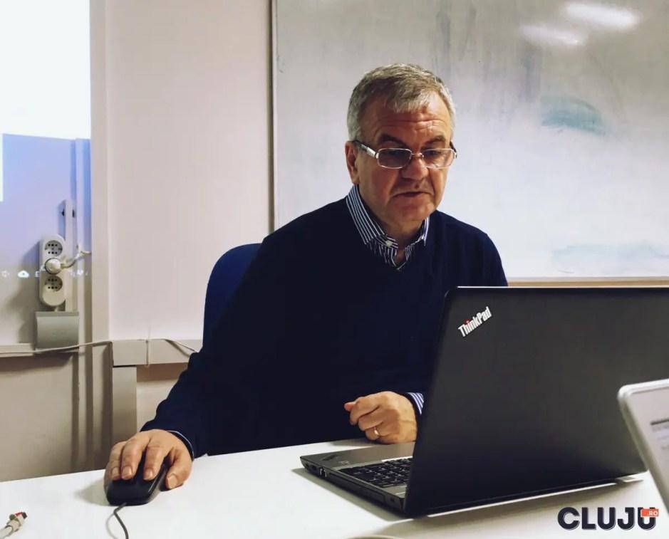INTERVIU cu Mihai Damian - profesor al Universităţii Tehnice din Cluj care de 20 de ani formează IT-iști