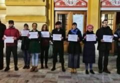 Un nou protest al actorilor de la Teatrul Național din Cluj faţă de modificarea legilor Justiţiei