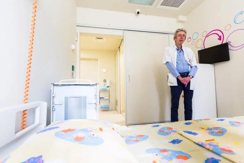"""UNTOLD şi Asociaţia """"Dăruieşte viaţă"""" au construit primele camere sterile din Transilvania, la Spitalul de Copii din Cluj Napoca"""