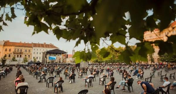 Alexandru Tomescu reînvie centrul Clujului cu vioara Stradivarius Elder-Voicu