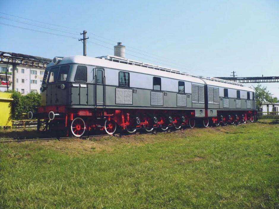 exponate locomotive muzeu dej cluj