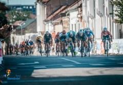 Edi Grosu îmbracă tricoul galben în prima etapă a Turului României   Cicliştii ajung azi la Cluj
