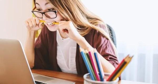 Cum să înveţi mai eficient pentru un examen: 4 ponturi