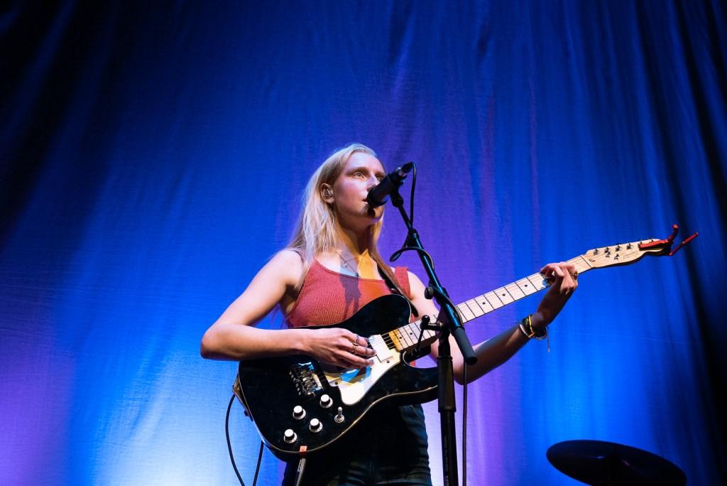 Billie Marten Live