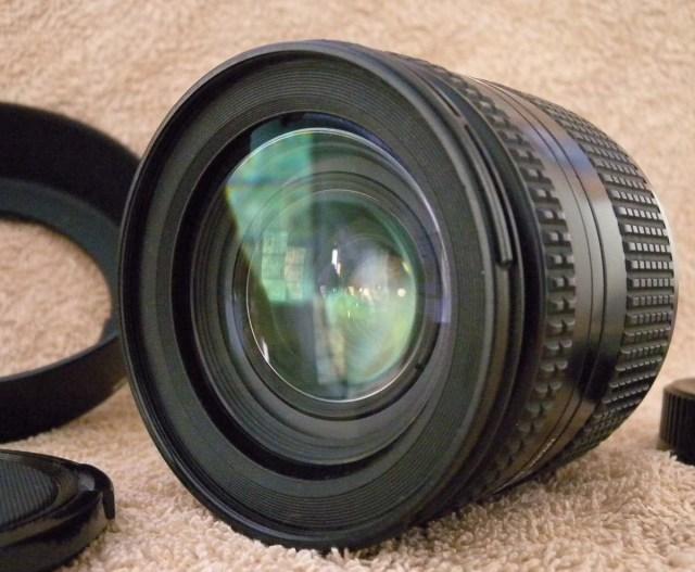 Nikkor 28-200mm f4.5-5.6d IF AF Nikon Lens