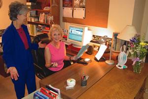 GFX Jans Desk after organizing