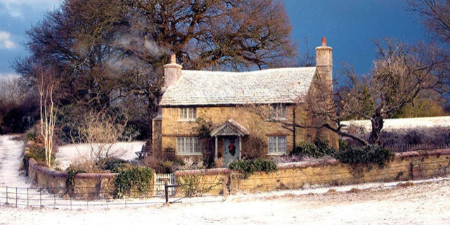 landscape 1449499588 54f384a7cca4f 01 the holiday cottage pxvbi6 xln - THE MOST BEAUTIFUL ENGLISH COTTAGES PICTURES STUNNING ENGLISH COUNTRY COTTAGES AND HOMES IMAGES