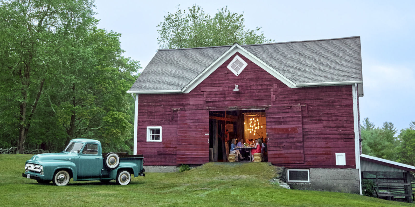 Red Barn Decorating Ideas