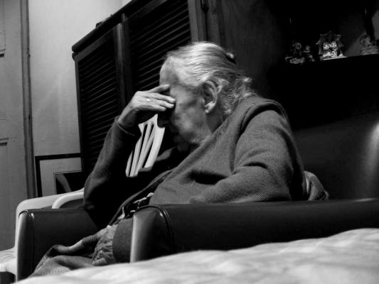 Loneliness is causing elderly Scots mental health problems, new research suggests