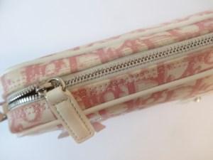 Sac pochette Christian Dior monogrammé rose et blanc