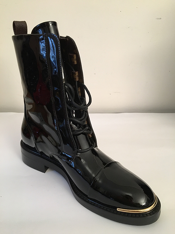 824db3785bf Bottes Ranger vernis noir Louis Vuitton Femme - Cma Donikian