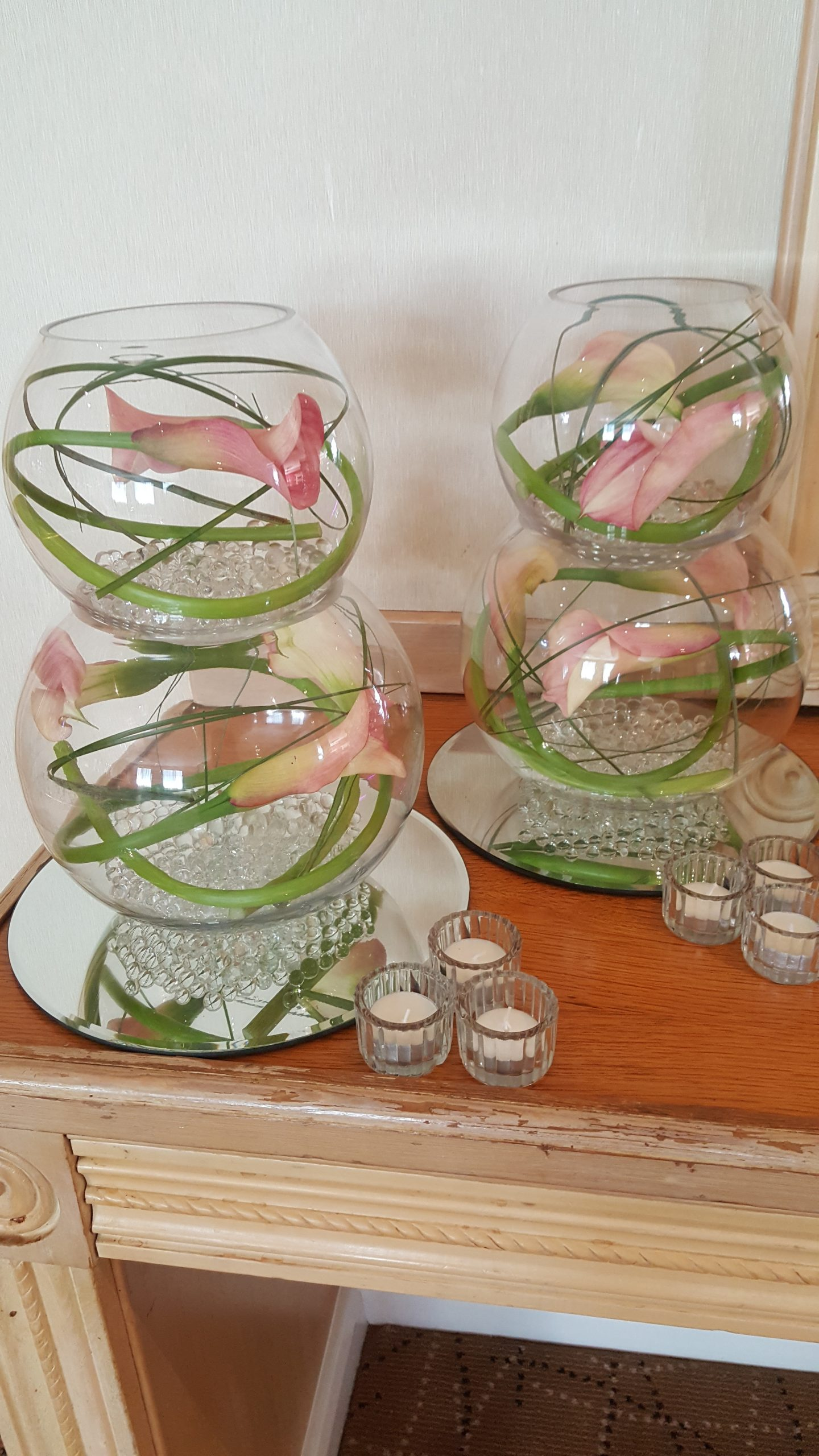 Floral Fish Bowl Table Centers with Mirrors and candles