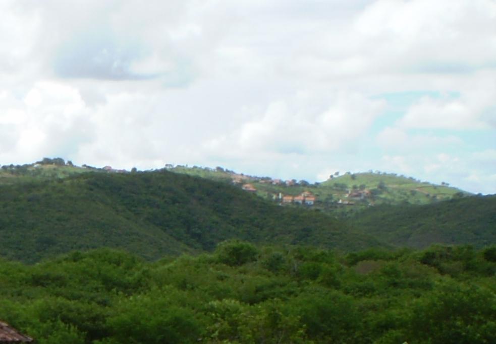 A vista do estúdio para a Serra do Maroto