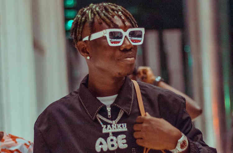"Gbas Gbos!! Zlatan Ibile Makes A Come Back With Curses To Lady Who Said ""He Will Fade Away"""