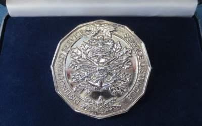 MGen (Ret'd) Neasmith awarded CF Medallion for Distinguished Service